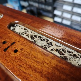 Inlaid Lace to represent Boux Avenue